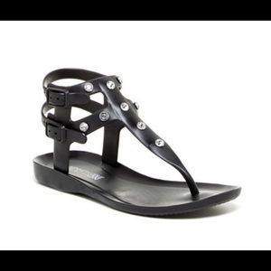 Kenneth Cole Reaction Don't be jelly sandals